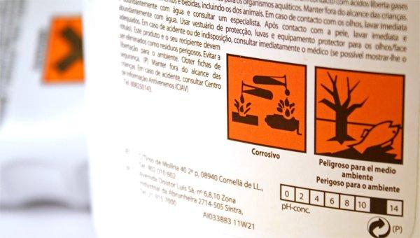 Los productos de limpieza deben usarse con mucha moderación por su alta toxicidad
