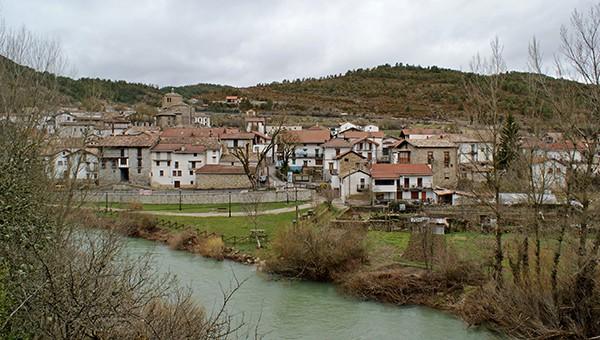 Río Esca a su paso por Burgui